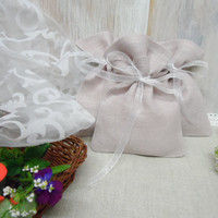 Set of 40  favor bags. Small gift bags. Natural Linen Bags. Pale Lilac bags, organza ribbon