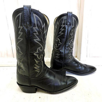 Vintage Dan Post Boots / Mens size 9.5 E / black cowboy boots / tall western boots / tooled leather / Dan Post El Paso TX USA
