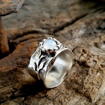 Sterling moonstone ring , Rainbow moonstone ring , gemstone ring , wide band ring , silver stacking ring , Moonstone ring , white stone ring