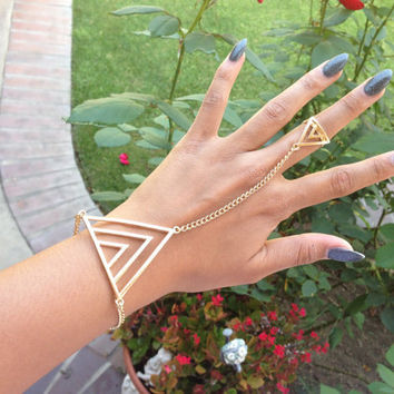 Triangle Pyramid Gold Ringcelet Chain Harnesss