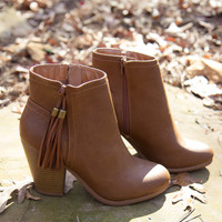 Swing In My Step Booties - Cognac - Final Sale