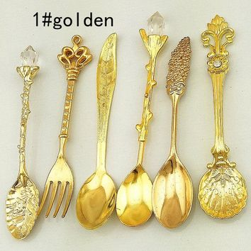 6pcs/lot vintage carved coffee tea ice cream measuring Dinnerware Sets fork for wedding birthday tea party favor decoration Wh