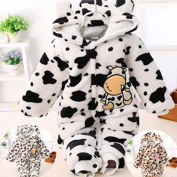 Baby Warm Romper 2016 Flannel Recem Nascido New Born Jumpsuit Hooded Winter Overalls Cow Dot 3 Colors 0-2T Baby Warm Romper