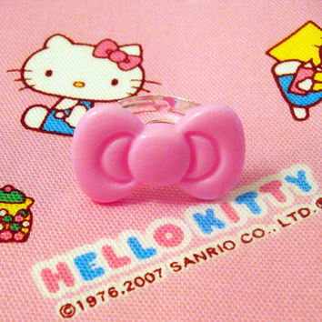 Classic Hello Kitty Pink Bow Ring