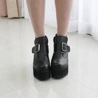 2012 Ladies Black Punk Gothic Buckle Strap Chunky Heels Platform Ankle Boots
