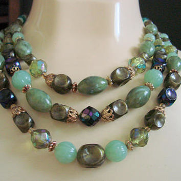Vintage Faux Jade Bead Bib West Germany Necklace / 1960s Green Bib Necklace / Jewelry / W Germany / Western Germany