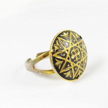 Vintage Damascene Ring with Star and Flowers - Damascène Bague. Vintage Jewelry by My Chouchou.