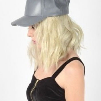 Leather Snap-back (+ Colors)