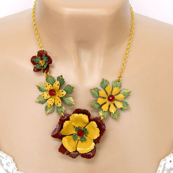 Colorful Flower Statement Necklace Handcrafted Short Chunky Chain