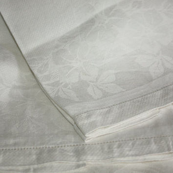 White Damask Linen Towels / SET of 2 / Vintage Linens / Hostess Gift