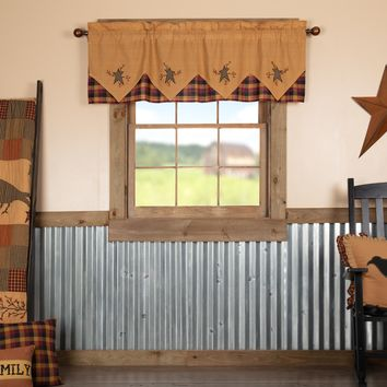 Heritage Farms Primitive Star and Pip Valance