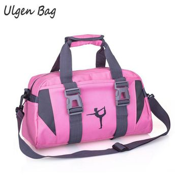 Multifunctional Yo ga Bag Waterproof Traveling Shoulder Crossbody Bag For Women Fit ness Travel Duffle Female Bags