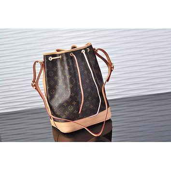 MAGICLOOK ON THE GO Inspired Style Women Handbag Tote Shoulder Extremely Large 26*34*19 cm Bag Brown Monogram Plus Reverse Universal Color Organizer Onthego Bag made of Canvas