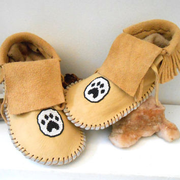 Moccasins, Short Fringe Moccasins Custom Made to Order, Hand Beaded Paw Design, Native American, Powwow, Regalia, Mountain Man, Rendezvous