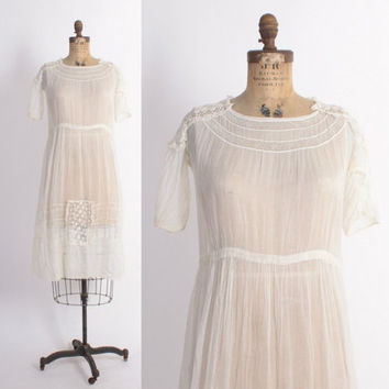 Vintage EDWARDIAN Tea DRESS / 1910s White Cotton Voile & Crochet Lace Day Dress S