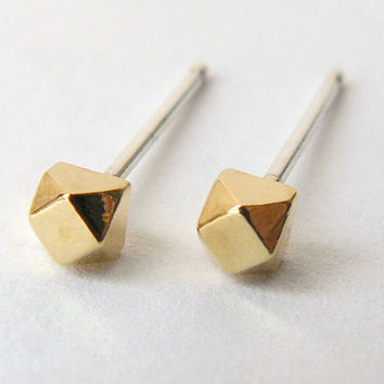 Gold Stud Earring - Tiny Geometric Faceted Cube Earings - Diamond Gemstone Shape Jewelry - Graduation Gift
