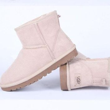 DCCKGQ8 UGG Women male Fashion Wool Snow Boots