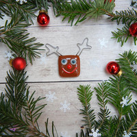 Red nose reindeer fused glass winter holiday fridge magnet, funny home decoration, Rudolph with sea blue eyes, smiley face magnet