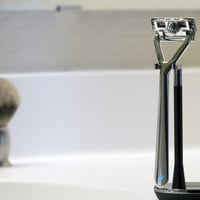 Leaf Razor – Shave For Cents, Not Dollars