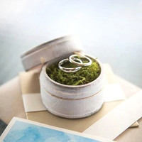 "Rustic Ring Bearer Pillow Box with Mossy Interior - ""I Promise"" - Rustic Weddings - (RB-3)"