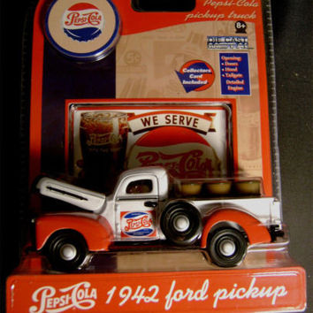 Pepsi Cola 1942 Ford Pickup Truck Die Cast Metal GearBox Toy Collectors Card NEW