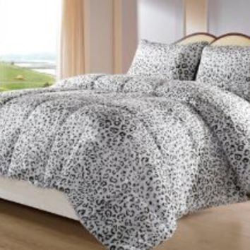 Cozy Beddings BH5010-Q Snow Leopard Reversible Down Alternative Animal Print Comforter Set, Queen, Gray/White