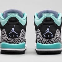 "Girls Air Jordan 3 Retro ""Bleached Turquoise"" Release Details"