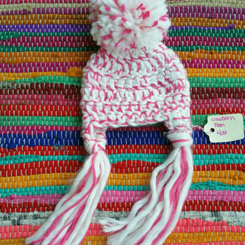Crochet Newborn Photo Prop Hat, Baby Girl PomPom Hat, Super Chunky Hat with Long Tassels, Pink and White Crochet Hat