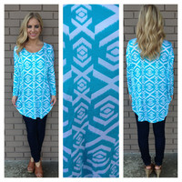 Aqua & White Paradise Print Tunic Top