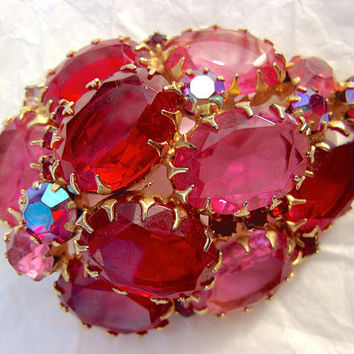 JULIANA Red Pink Large Rhinestones, Dog Tooth Prong Setting, High Domed, Vintage