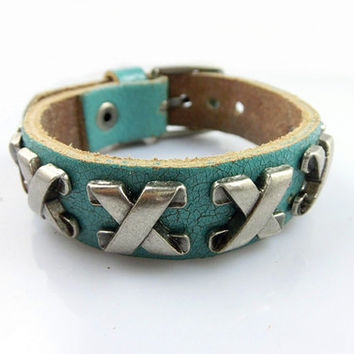 Fashion Punk  Rivets Adjustable Leather Wristband Cuff Bracelet - Great for Men, Women, Teens, Boys, Girls 2592S