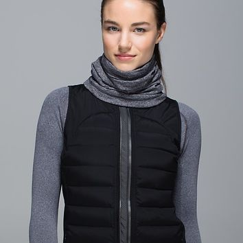 run with me neck warmer | women's accessories | lululemon athletica