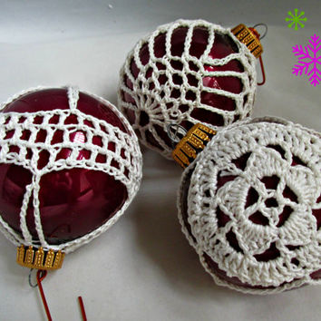 Wilma Krebs Burgundy Red Glass Christmas Ornaments White Crochet Covers Set of Six