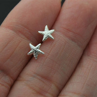 Sterling Silver Starfish studs  Earrings - Tiny Starfish  studs  Studs -  Starfish  studs post earring, cartilage stud, helix, tragus