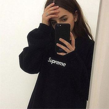 "Embroidery Couple ""Supreme"" Print Sweatshirt Round-neck Pullover Black"