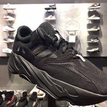PEAPYN6 Yeezy Wave Runner 700 Boost Calabasas Color ALL BLACK
