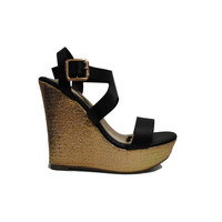 (amp) Gold plated strappy wedges