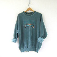 Bear Country Vintage Sweatshirt. Faded Green Pigment Dyed Sweatshirt. Nature sweater Slouchy Preppy Pullover. size Large