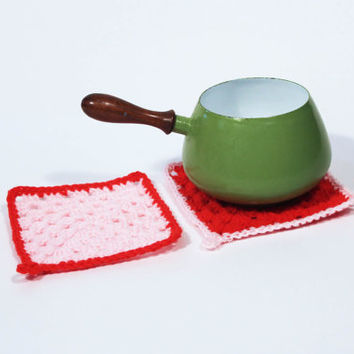 Red and Pink Crochet Trivet Set