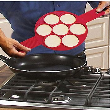 Pancake Maker Fast & Easy Way to Make Perfect Pancakes