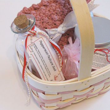 Bath & Body Peppermint Gift Basket, Spa Basket, One of a Kind