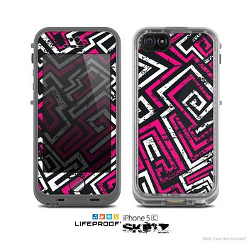 The Pink & White Abstract Maze Pattern Skin for the Apple iPhone 5c LifeProof Case