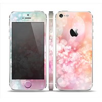 The Unfocused Pink Abstract Lights Skin Set for the Apple iPhone 5