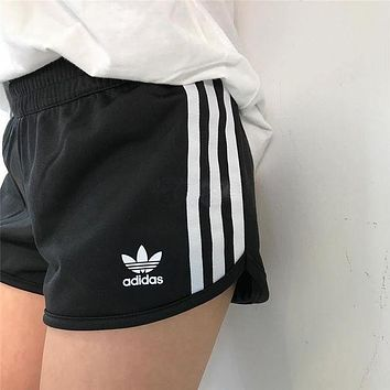 DCCKJ1A Adidas Stylish Women Summer Print Sports Casual Shorts
