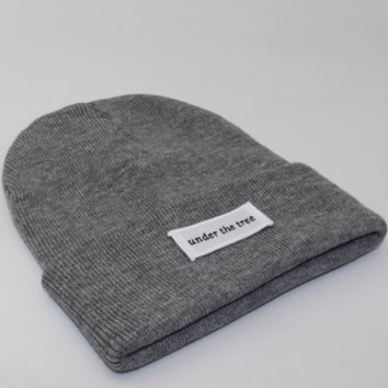Under the tree patch lettering knit hat Gray