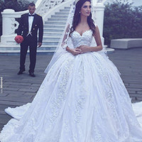 Luxury Princess Style Wedding Dresses With Long Train