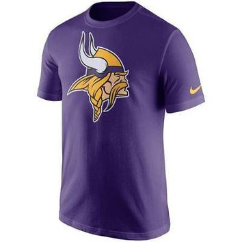 Minnesota Vikings T-Shirt Men's Essential Logo Purple Nike NFL