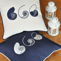 THREE SHELLS indoor-outdoor,embroidered cushion cover, summer pillow, 20x20 pillow (50cm sq)