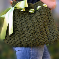 Crochet purse, shoulder purse, tote bag with ribbon in army green.