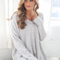 OVERSIZED PULLOVER SWEATER - GREY